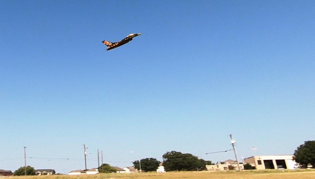 190816_F-16_Flyby_2.jpg