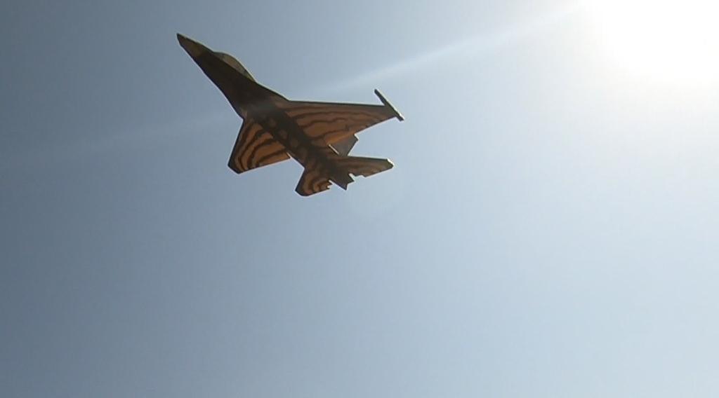 190816_F-16_Sneak_Attack.jpg