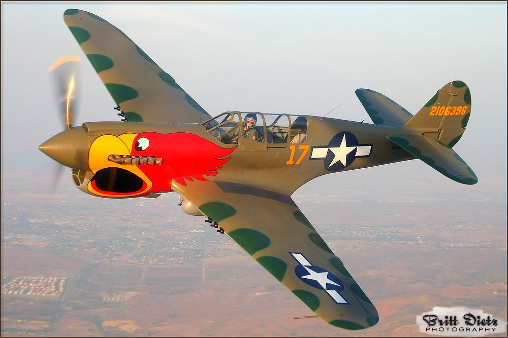 A2A-2009-05-15_P-40N_Warhawk_3453.jpg