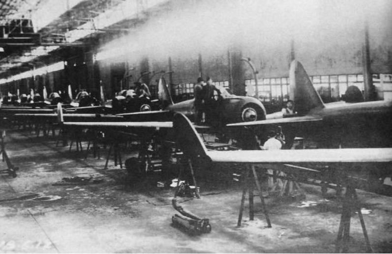A_rare_picture_of_a_Japanese_assembly_line_at_the_Nakajima_Plant_in_Ota_Japan_showing_Mitsubishi_A6M2_Zero_Model_21s_nearing_completion_Circa_1940-41.jpg