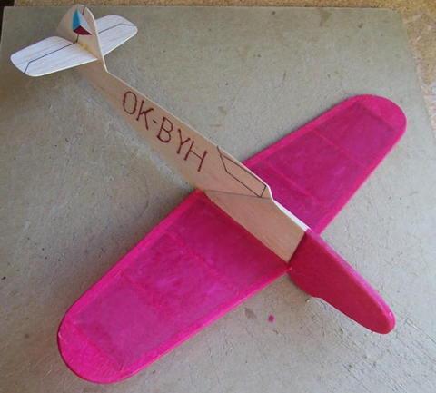 Avia_S99_04-20-09ccr.jpg