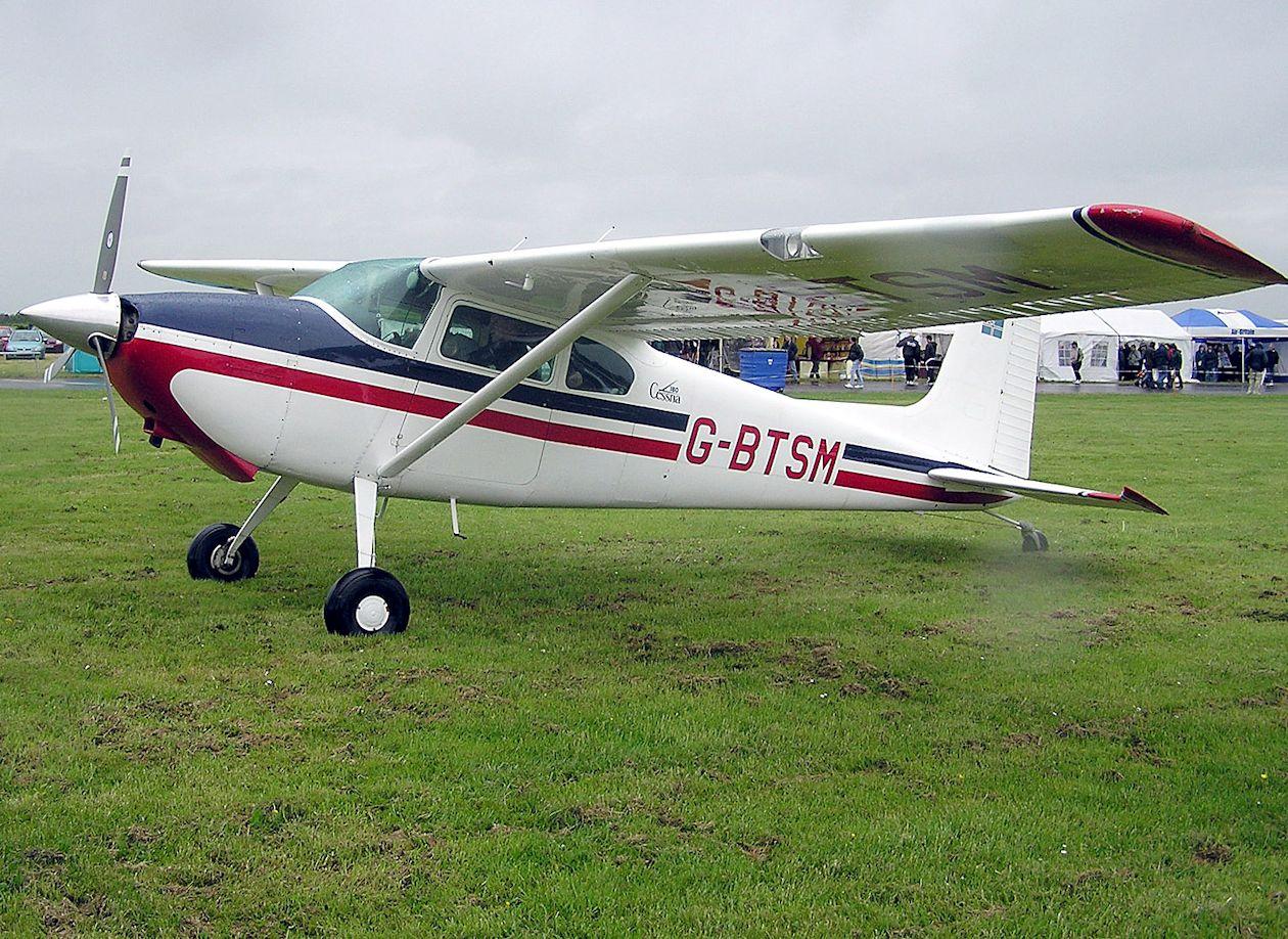 Cessna_180a_g-btsm_arp_s.jpg