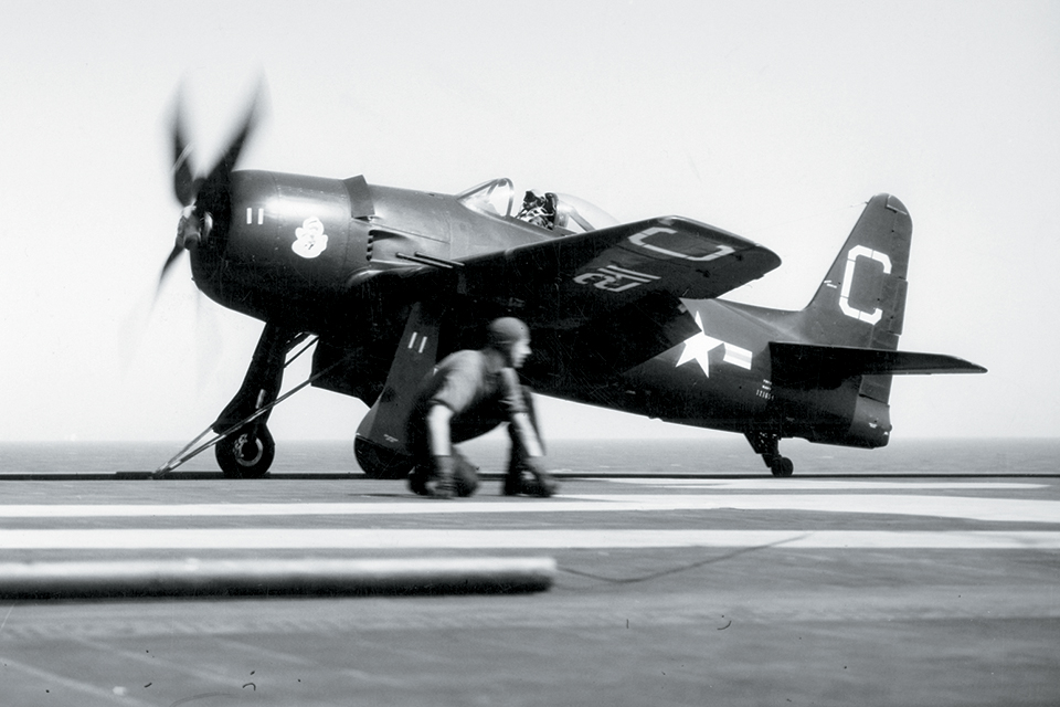 F8F_001.jpg