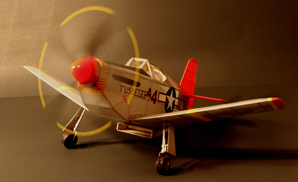 Finished_B-51spinning_prop_slower_rpm_quarter.jpg