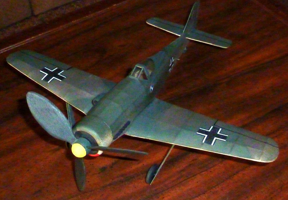 Focke-Wulf_Fw190_D9_4.jpg