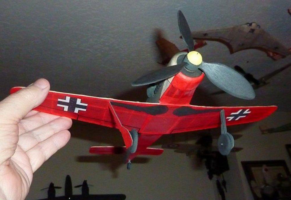 Focke-Wulf_Fw190_D9_5.jpg