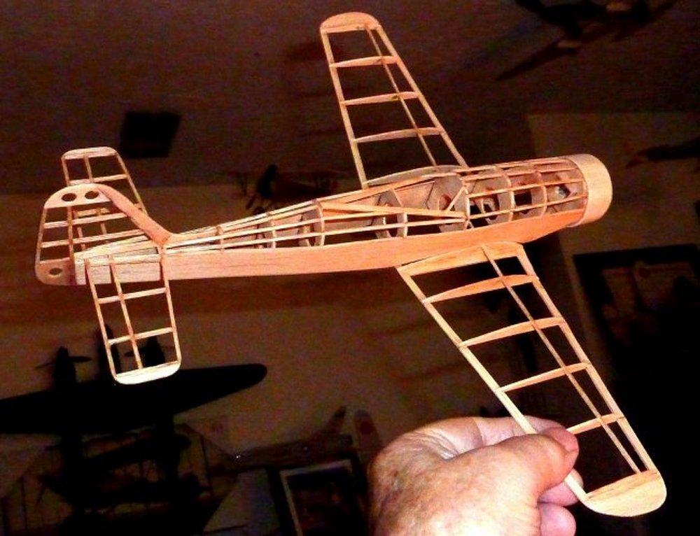 Focke-Wulf_Fw190_D9_6.jpg