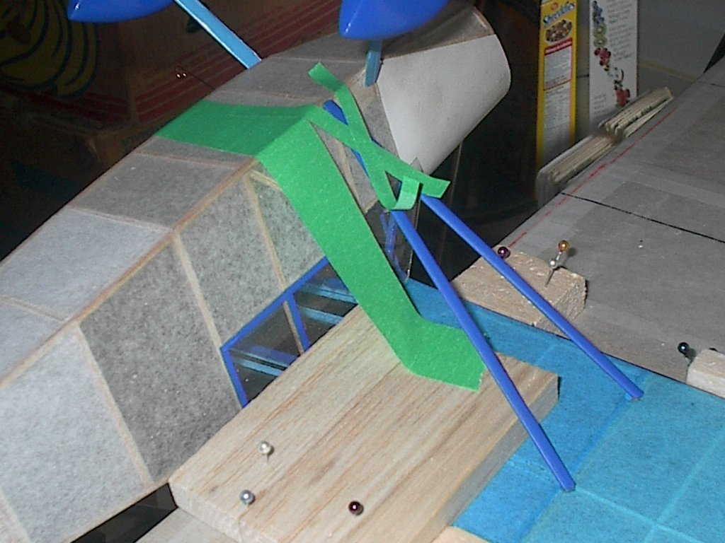 IM005659_GLUING_STRUT_TO_LEFT_WING_AND_FUSE.jpg