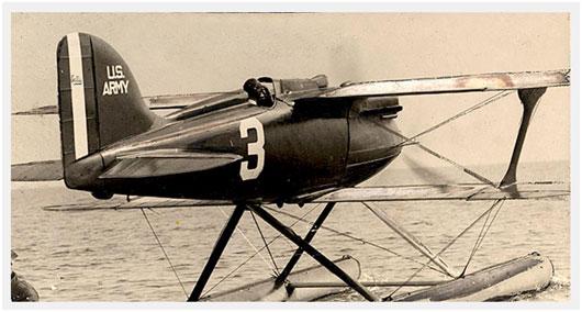 Jimmy-Doolittle-Curtiss-R3C-2-Schneider-Cup-1925.jpg