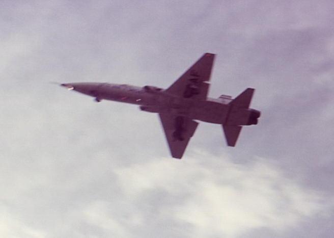 T-38_Ldg_TUL_69.jpg