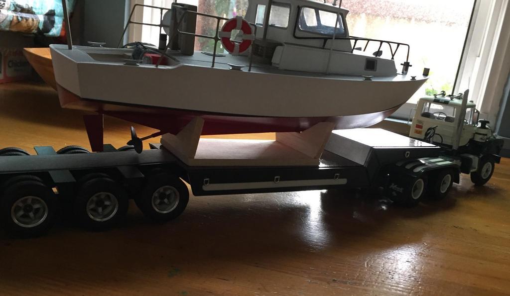 boaty02.jpg