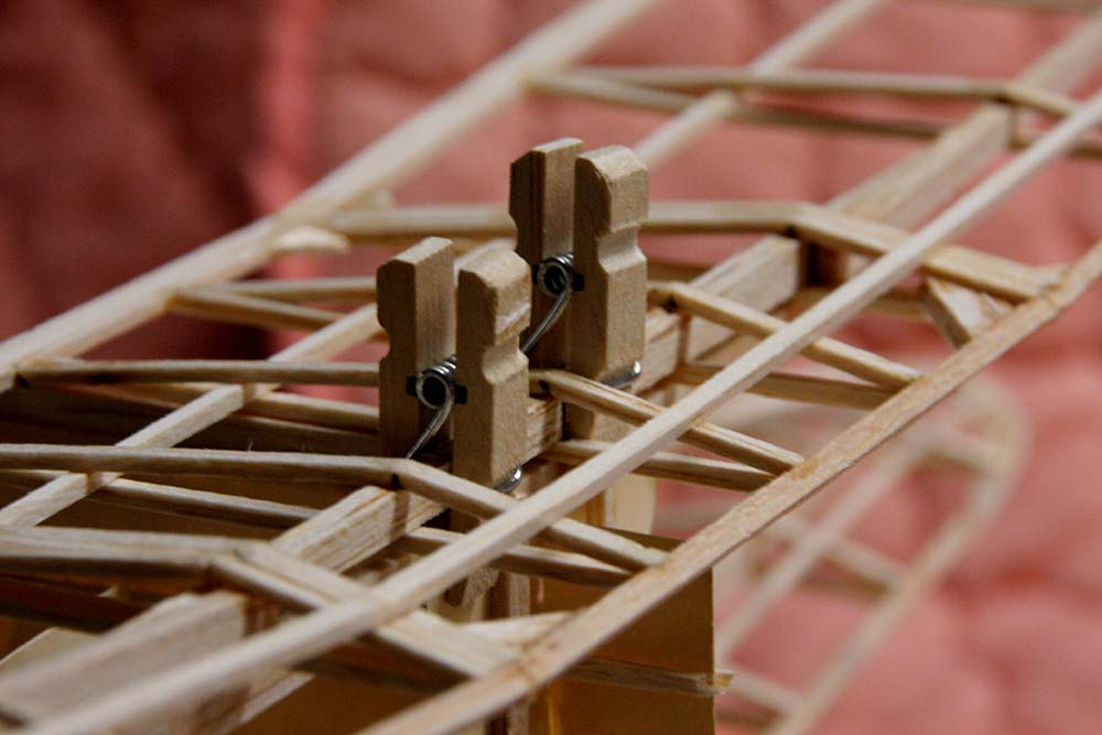 small_2_inch_clothespin_clamps.jpg
